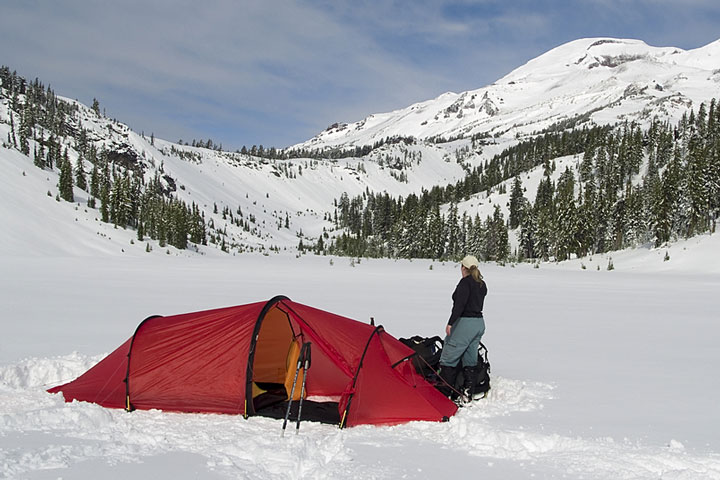 winter camping in the Oregon backcountry
